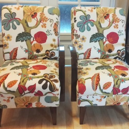 askon-nanna-tuolit-verhoiltuna-lauritzonin-kuviokankaalla-verhoomo-elegante- helsinki