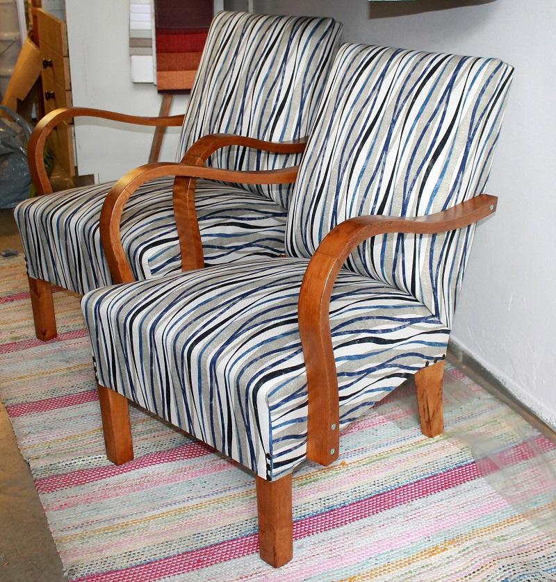 Tuolin/nojatuolin verhoilu/päällystys