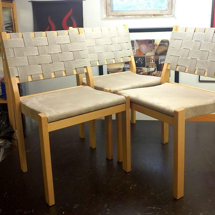 artek 611 tuolien verhoilu verhoomo elegantessa Helsingin Jakomäessä